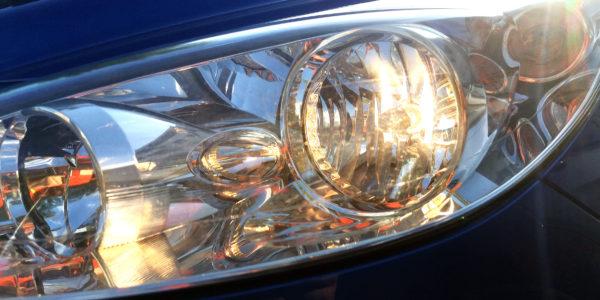 Gdzie ustawić światła w samochodzie?