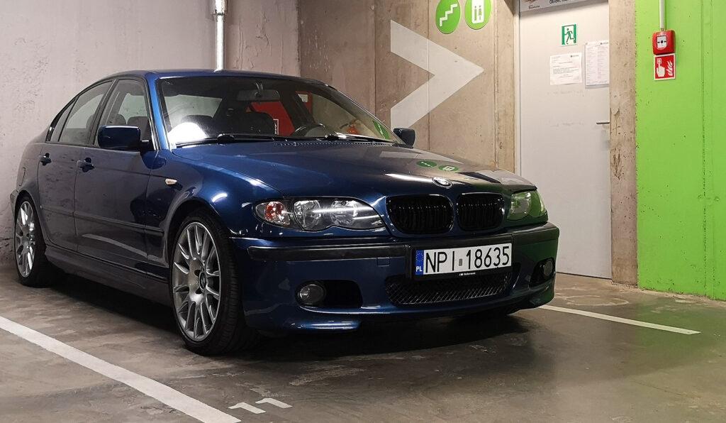 bmw 330d w garazu